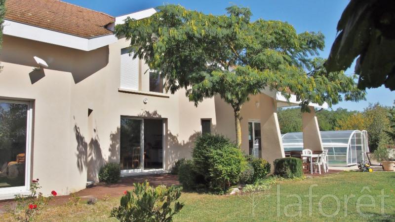 Sale house / villa Bourgoin jallieu 472500€ - Picture 1