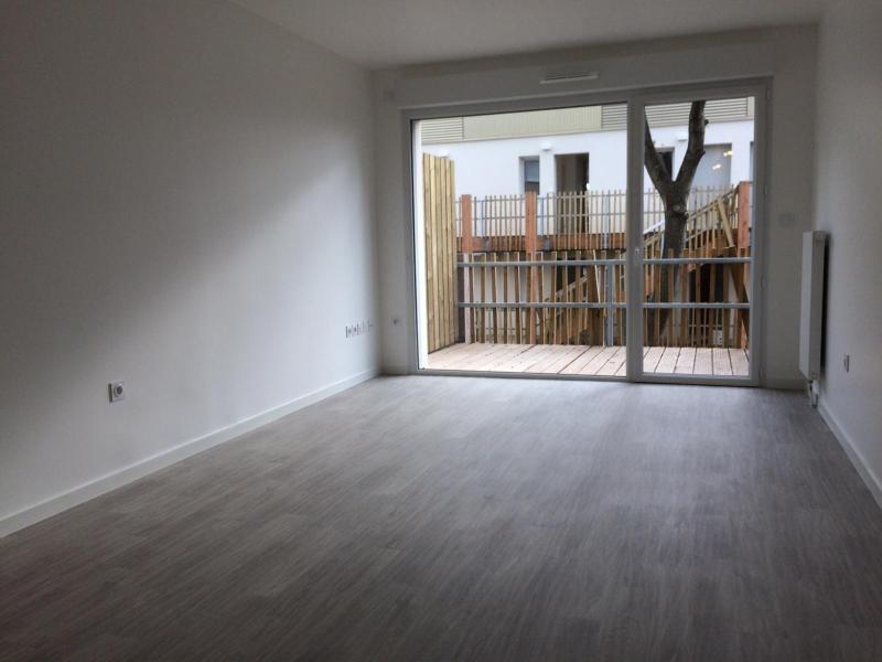 Rental apartment Saint nazaire 628€ CC - Picture 4