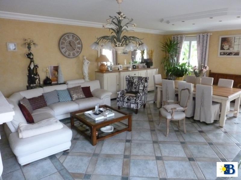 Vente maison / villa Chatellerault 270300€ - Photo 3