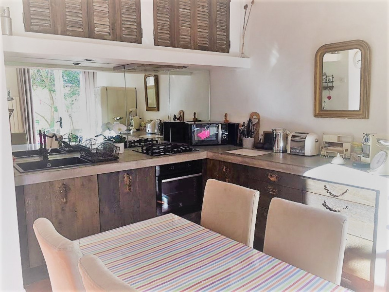 Deluxe sale house / villa Aix en provence 650000€ - Picture 4