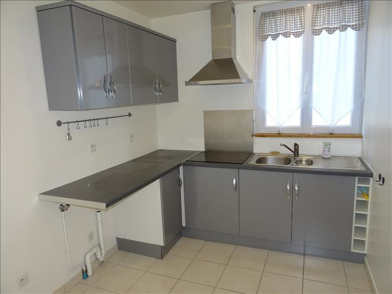 Location appartement Troyes 415€ CC - Photo 3