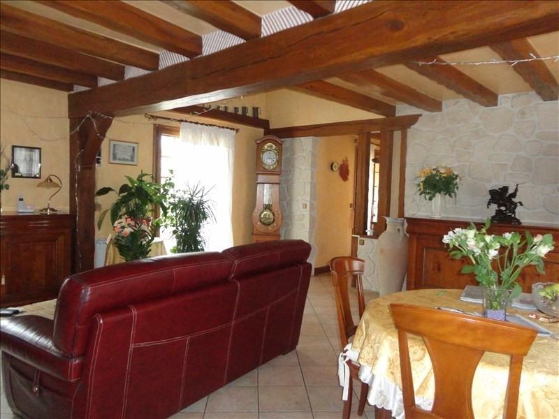 Sale house / villa Saints 241500€ - Picture 3