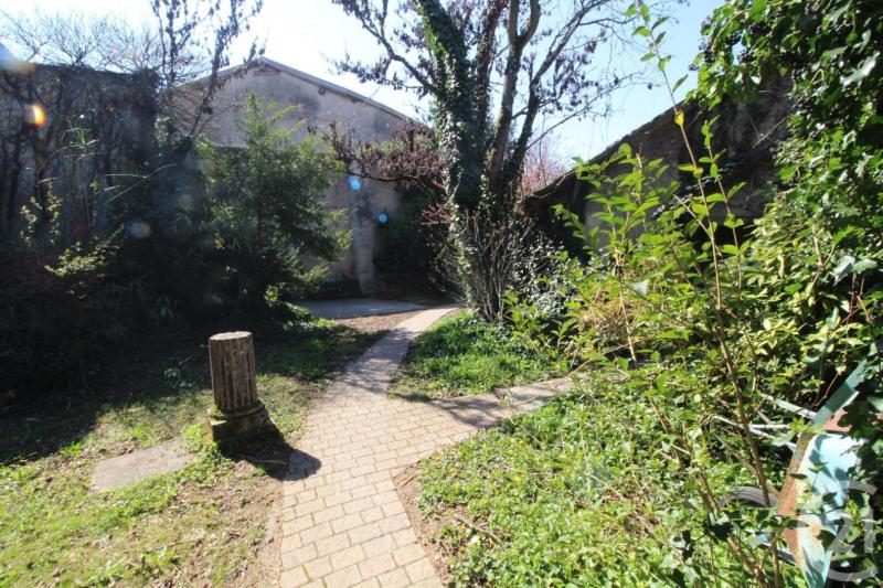 Location maison / villa Montluel 1415€ CC - Photo 15