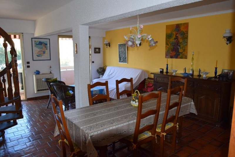 Sale apartment Ste maxime 455 000€ - Picture 3