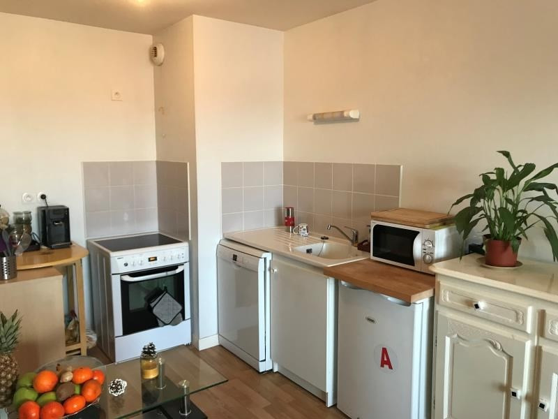 Rental apartment St benoit 445€ CC - Picture 3