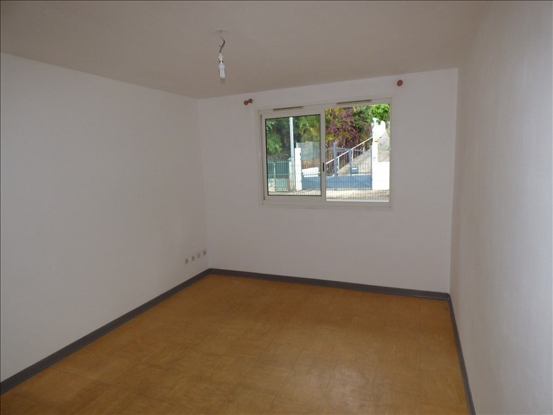 Sale apartment St denis 38 000€ - Picture 2