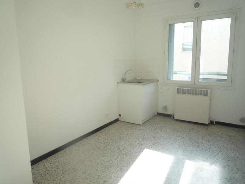 Sale apartment Orange 80000€ - Picture 2