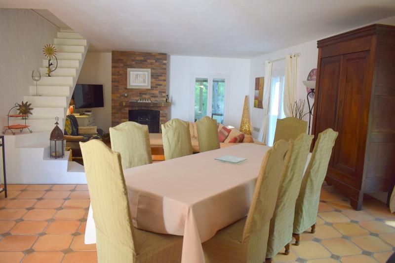 Vendita casa Bagnols-en-forêt 590000€ - Fotografia 13