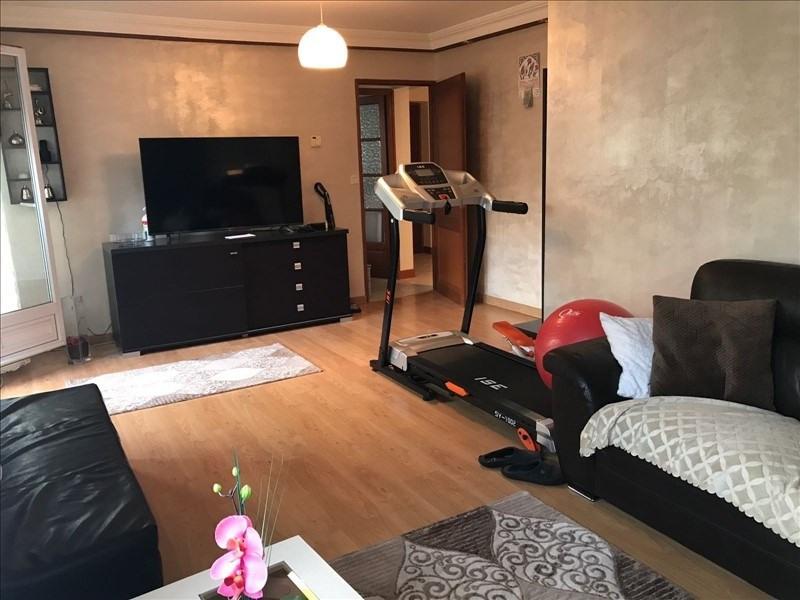 Sale apartment Cluses 169000€ - Picture 1