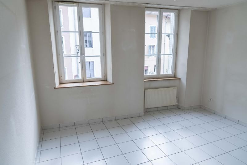 Rental apartment Nantua 408€ CC - Picture 4