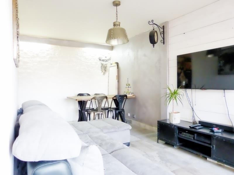 Sale apartment Cluses 150000€ - Picture 4