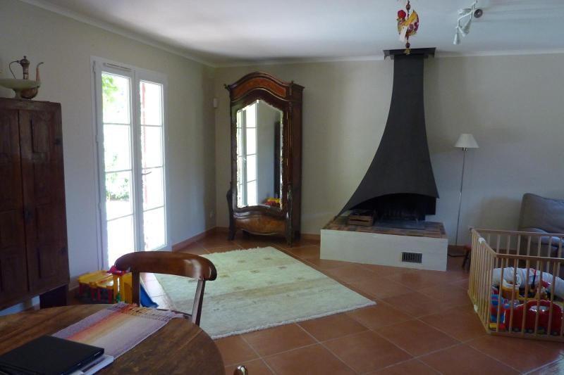 Rental house / villa Mimet 1898€ CC - Picture 8
