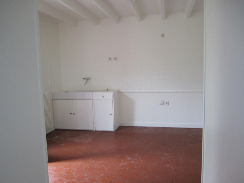 Sale house / villa Barbezieux-saint-hilaire 139 000€ - Picture 5
