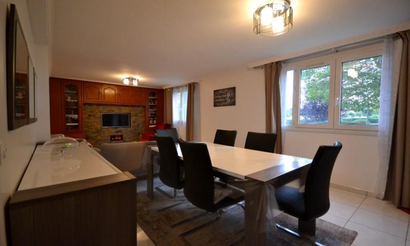 Rental apartment Les clayes sous bois 1300€ CC - Picture 2