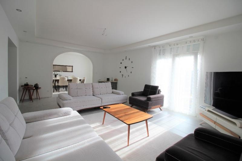 Sale house / villa Le pont de beauvoisin 274000€ - Picture 3