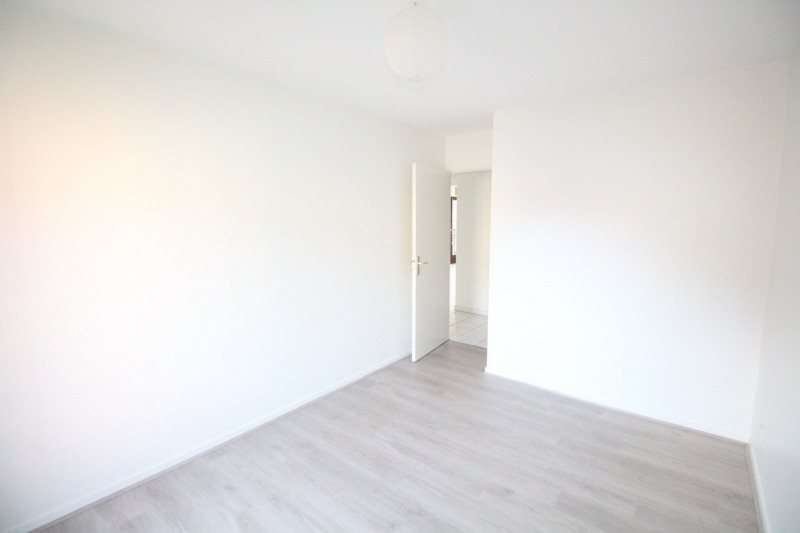 Rental apartment Grenoble 985€ CC - Picture 6