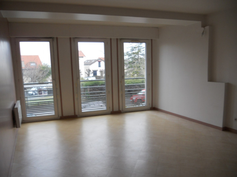 Location appartement Noisy le grand 765€ CC - Photo 4