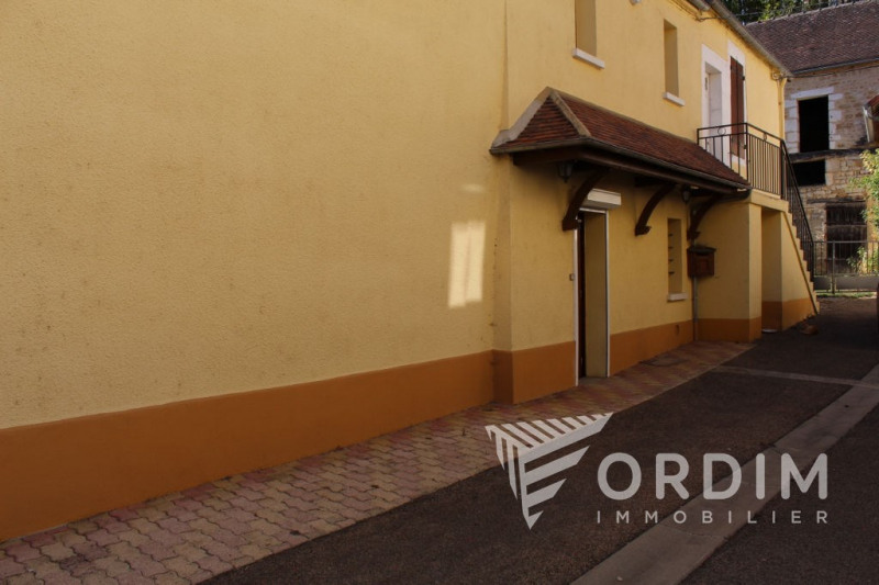 Location maison / villa Fontenay pres chablis 550€ CC - Photo 2