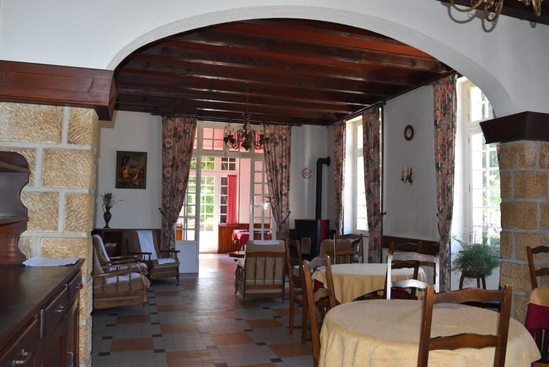 Sale house / villa Arcens 350000€ - Picture 8