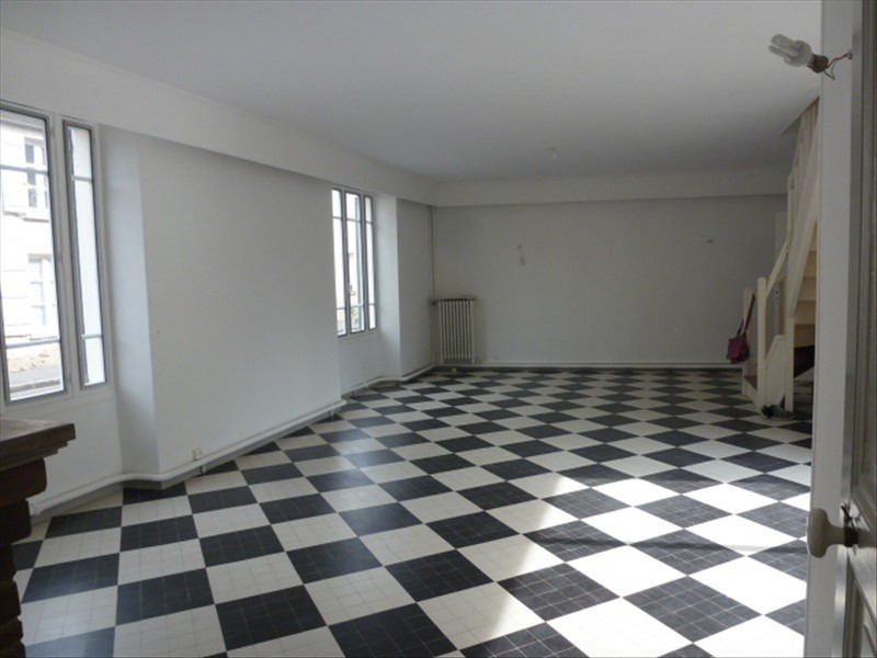 Rental house / villa Chailly en biere 1 750€ CC - Picture 3