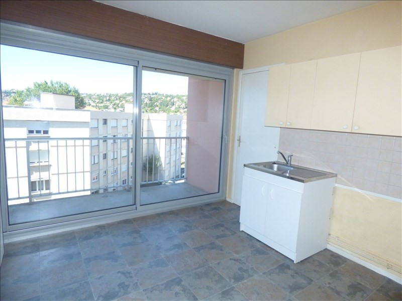 Location appartement Le puy en velay 516,79€ CC - Photo 2