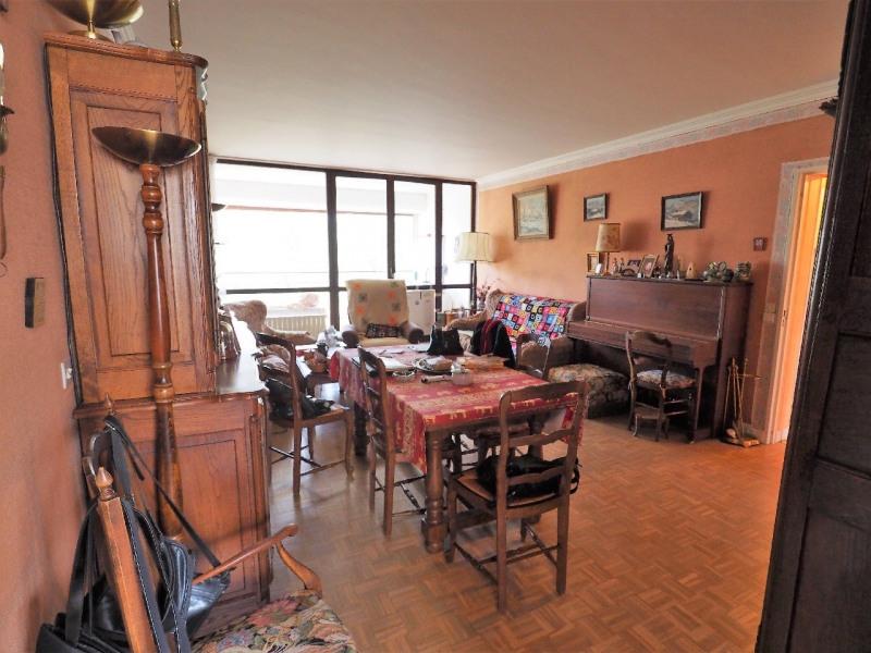 Sale apartment Vaux le penil 159600€ - Picture 1