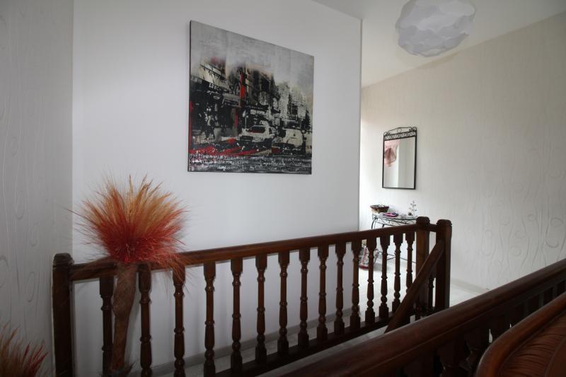 Vente maison / villa St genix sur guiers 272000€ - Photo 5