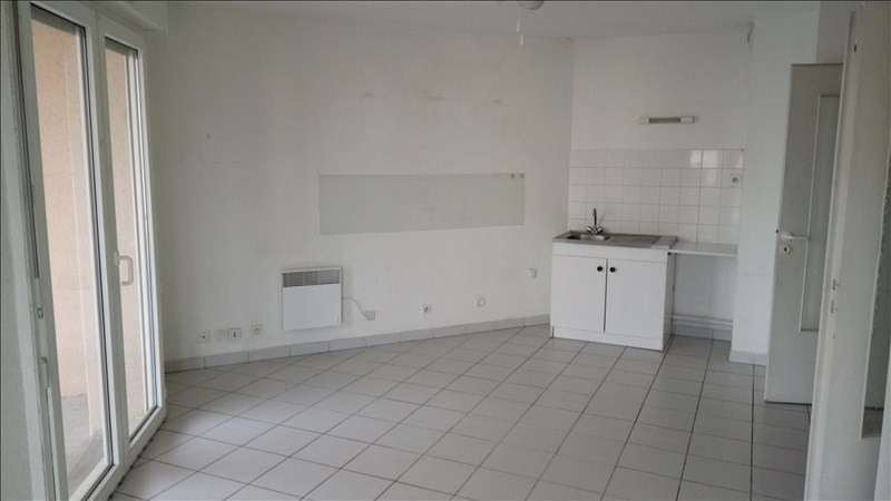 Location appartement Valence 484€ CC - Photo 2
