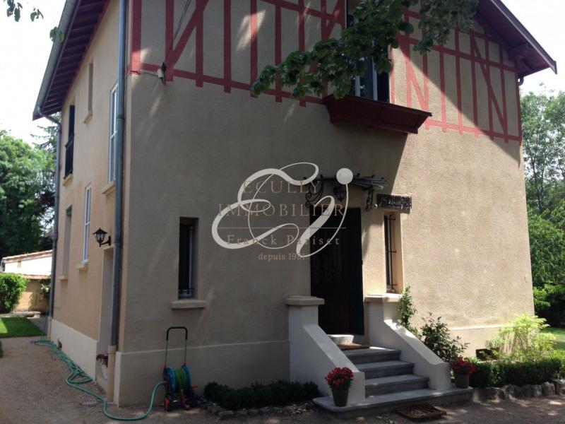 Location maison / villa Tassin la demi lune 2995€ CC - Photo 11