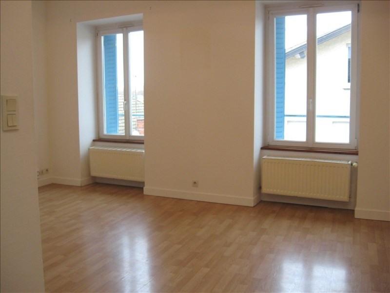 Location appartement Amberieu en bugey 470€ CC - Photo 2