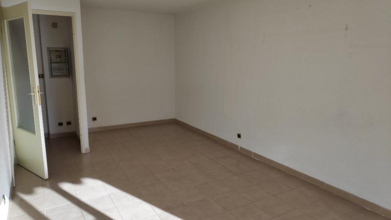 Location appartement Cagnes sur mer 550€ CC - Photo 3