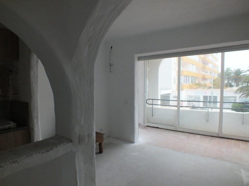 Sale apartment Rosas-santa margarita 120000€ - Picture 2