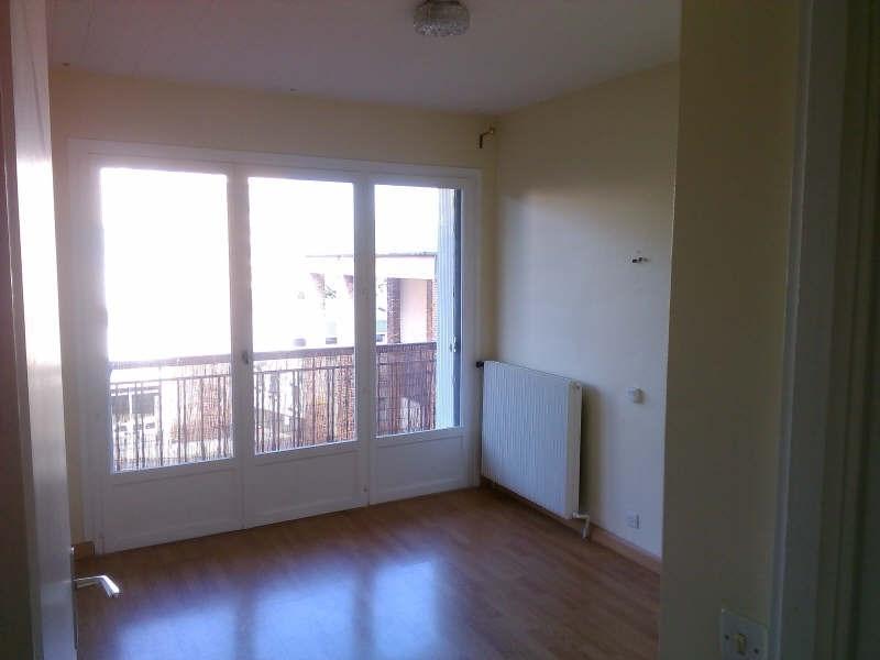 Location appartement Maurepas 805€ CC - Photo 3