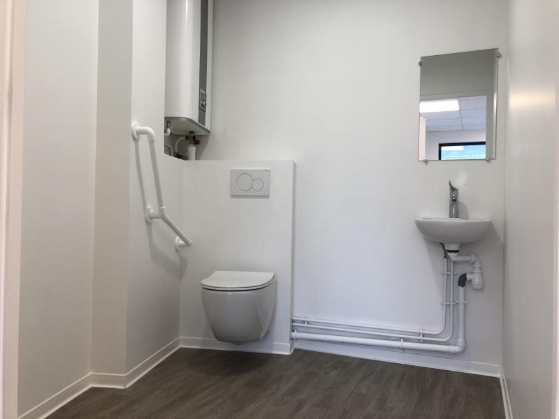 Location local commercial Beynes 520€ HT/HC - Photo 2