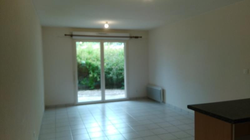 Rental apartment Vendome 545€ CC - Picture 3