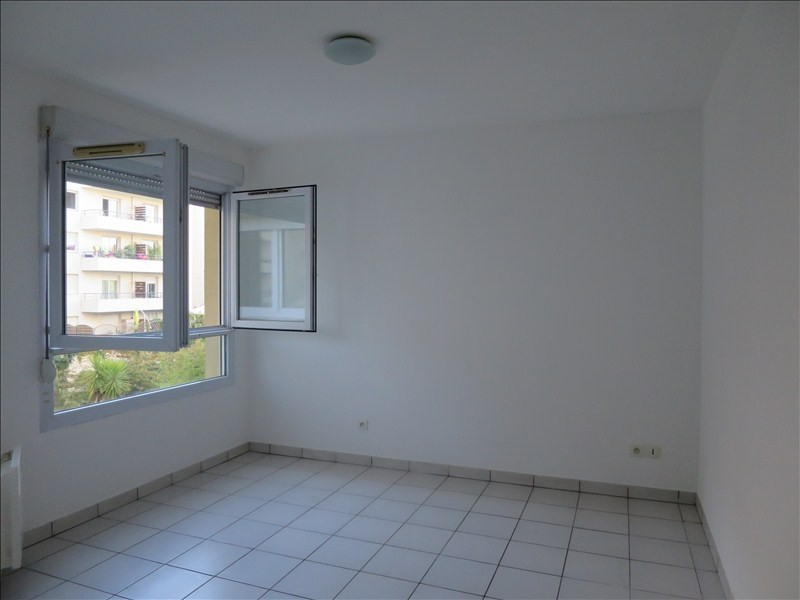 Location appartement Montpellier 591€ CC - Photo 3