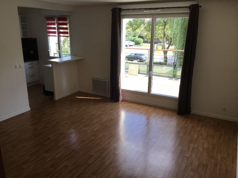 Location appartement Ballainvilliers 958€ CC - Photo 3