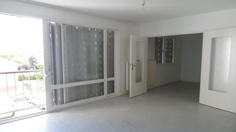 Rental apartment Pont sainte marie 587€ CC - Picture 3