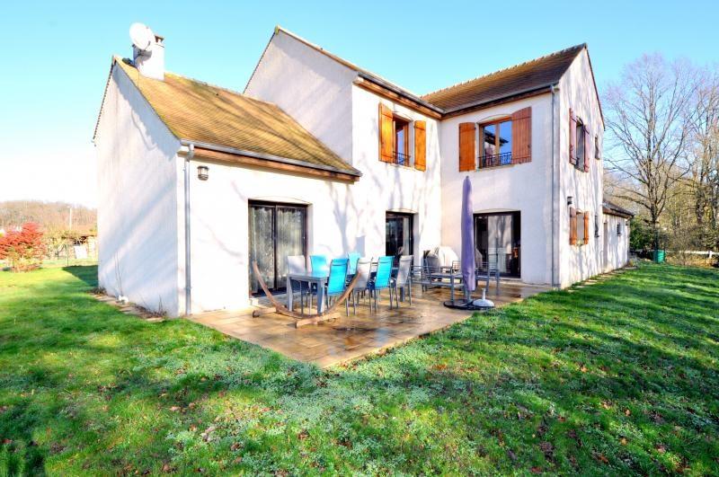 Sale house / villa Forges les bains 543250€ - Picture 1