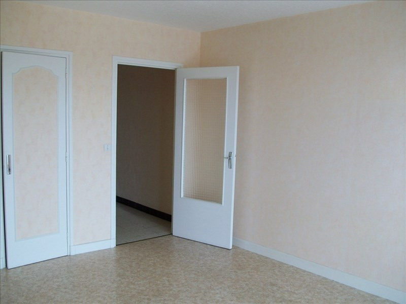 Sale apartment Le coteau 55 000€ - Picture 2