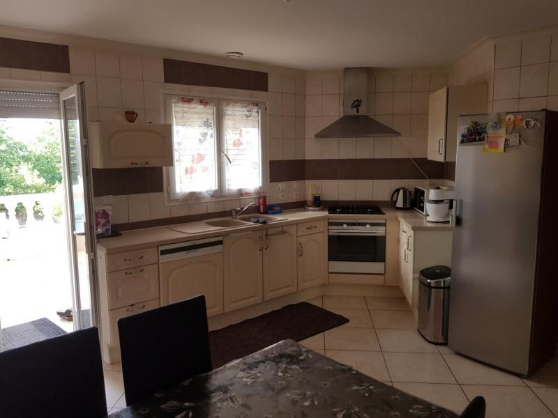 Sale house / villa Beaurepaire 440000€ - Picture 3
