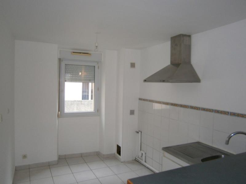 Sale apartment Buc 225000€ - Picture 3