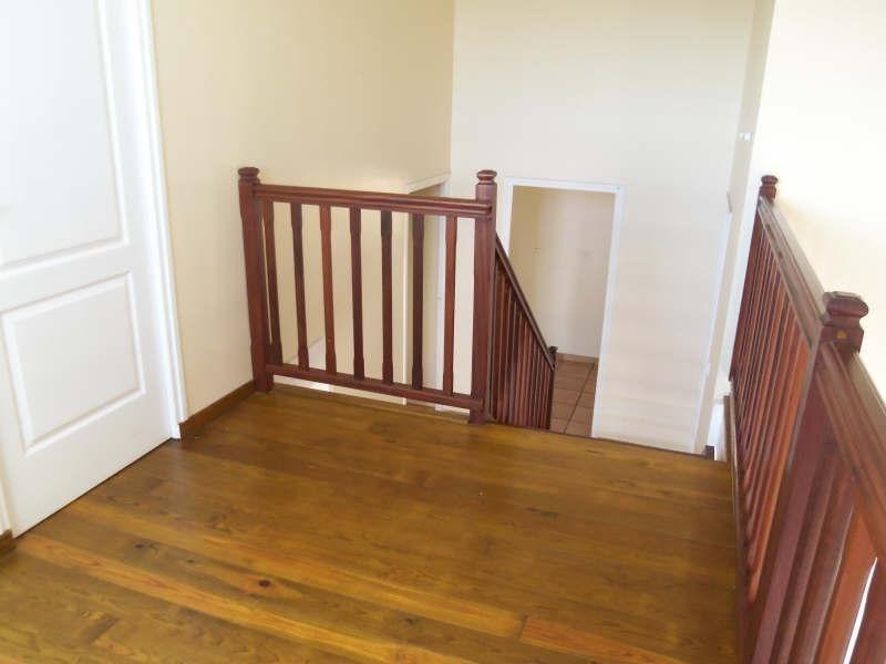 Rental apartment St francois 1100€ CC - Picture 6