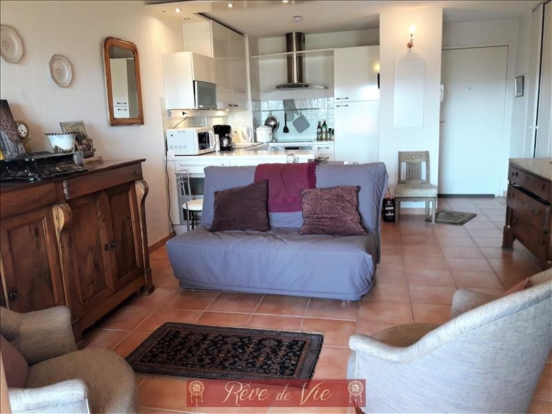 Sale apartment Bormes les mimosas 199 000€ - Picture 1