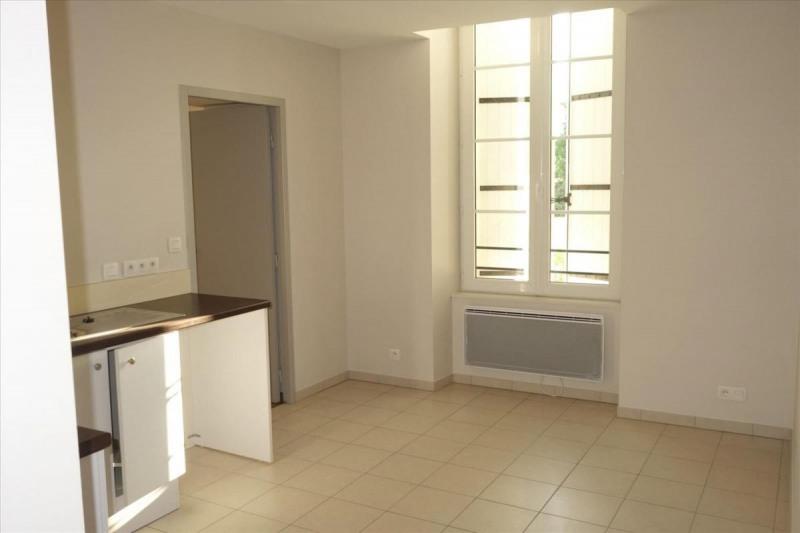 Locação apartamento Réalmont 470€ CC - Fotografia 4
