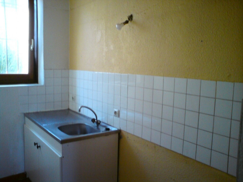 Location appartement Vallon-pont-d'arc 425€ CC - Photo 2