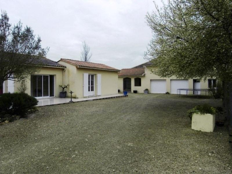 Sale house / villa Gensac la pallue 235400€ - Picture 1