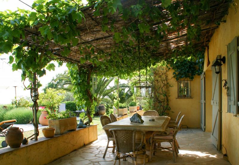 Revenda residencial de prestígio casa Fayence 995000€ - Fotografia 8
