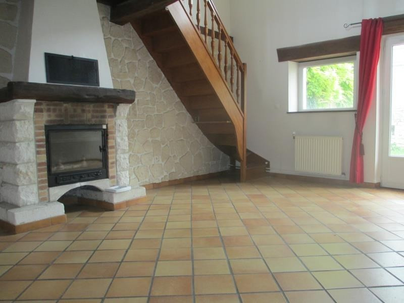 Location maison / villa Cires les mello 1 200€ CC - Photo 3