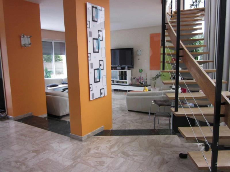 Sale house / villa Villemomble 750000€ - Picture 2